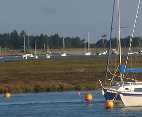 Jolly Sailor Cottage is on the seashore at Wells next the Sea